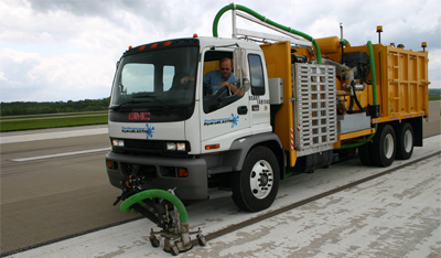 Hydroblasting Truck for Road Line Removal